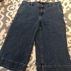 Ladies Capri jeans sz 8